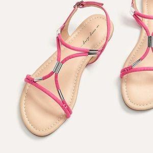 New Penningtons Wide Width Sandals Size 9